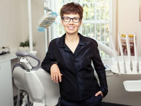 Dr. Yelena Popkova
